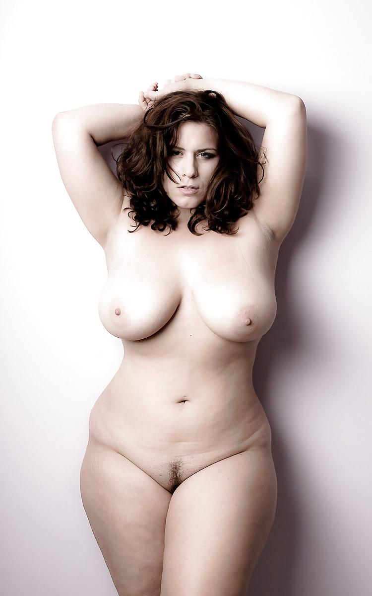 Порно модели плюс сайз голые